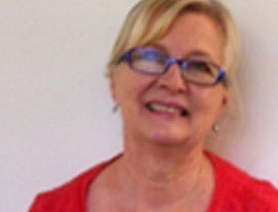 Dr Carol Newnham